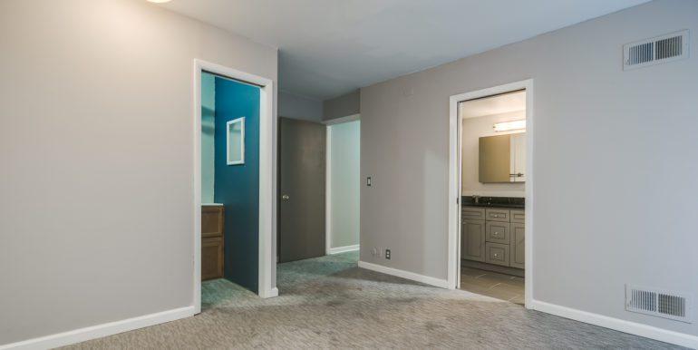 8_Master Suite-Bedroom-2