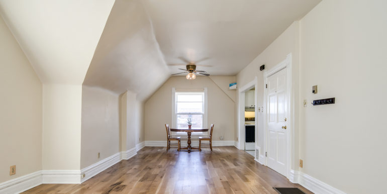 14_Living Room-5
