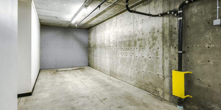26_Garage Parking Space-1