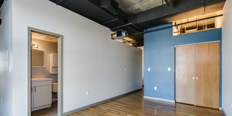 14_Master Suite-Bedroom-3