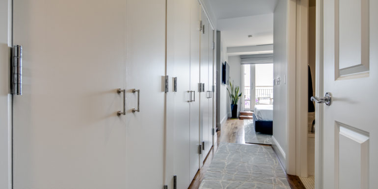 19_Master Suite-Hallway-1