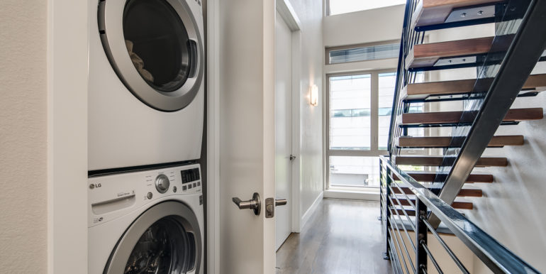 28_Third Level-Laundry Room-1