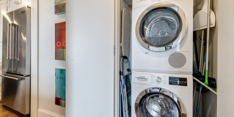 29_Laundry Room-1