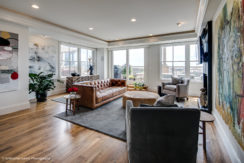 Market Square Penthouse – Downtown