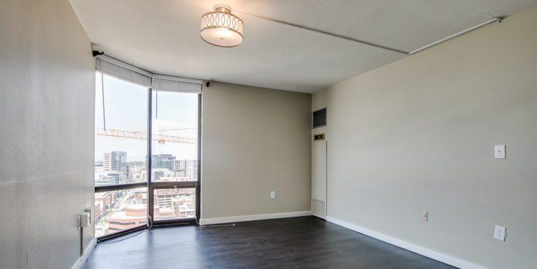 12_Master Suite-Bedroom-1