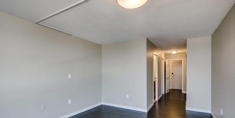 16_Master Suite-Bedroom-3