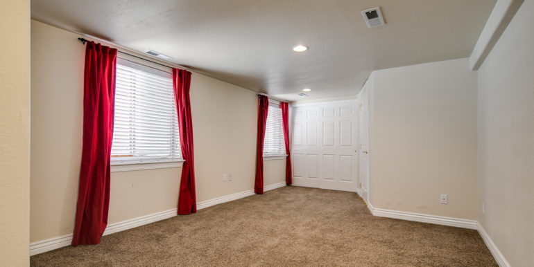 28_Lower Level-Rec Room-1