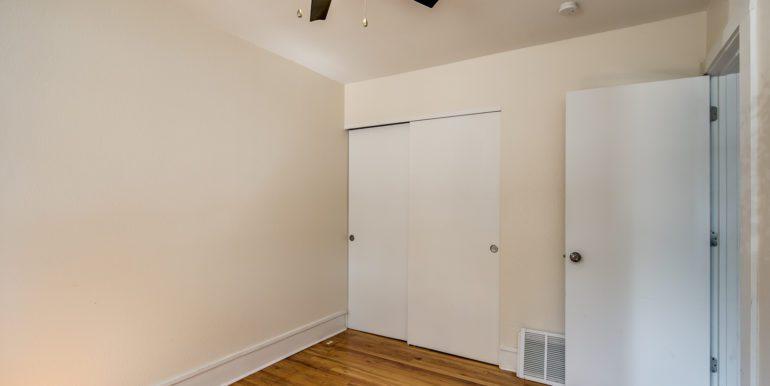 18_Bedroom One-2