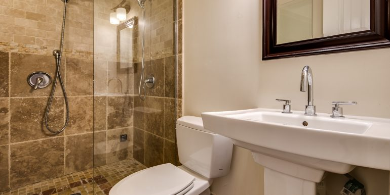 24_Bathroom One-1