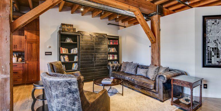 3_Living Room-2