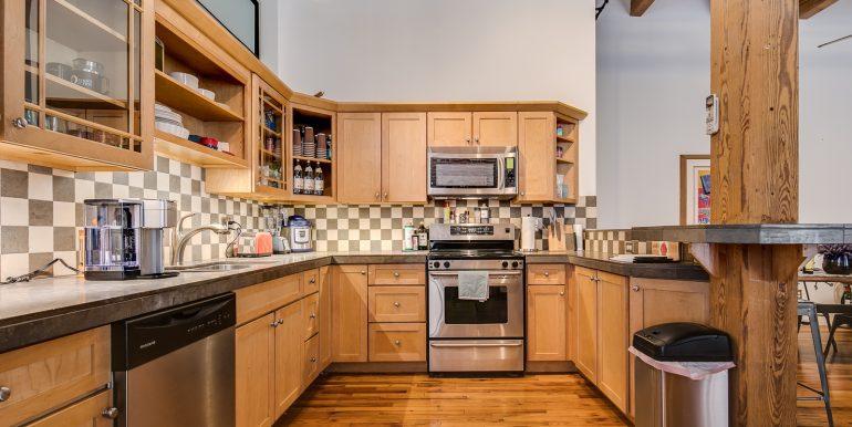 11_Kitchen-4