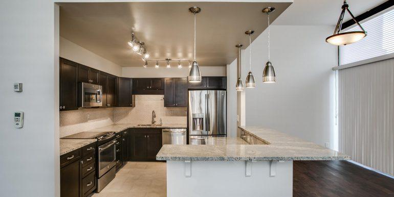1551 Larimer St 301 Denver CO-large-010-2-Kitchen2-1500x1000-72dpi