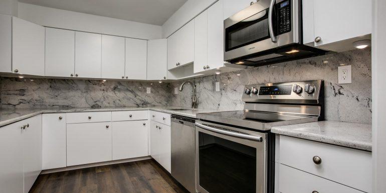 1551 Larimer St 706 Denver CO-large-002-2-Kitchen1-1500x1000-72dpi