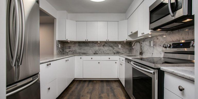 1551 Larimer St 706 Denver CO-large-003-15-Kitchen2-1500x1000-72dpi