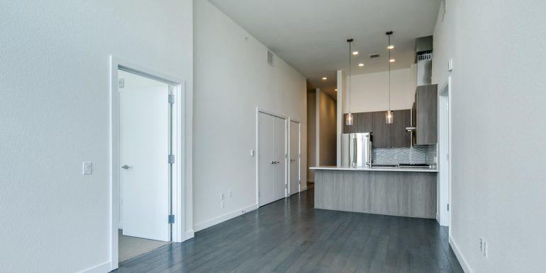 1616 S Broadway 300 Denver CO-large-006-5-Living Room4-1500x1000-72dpi