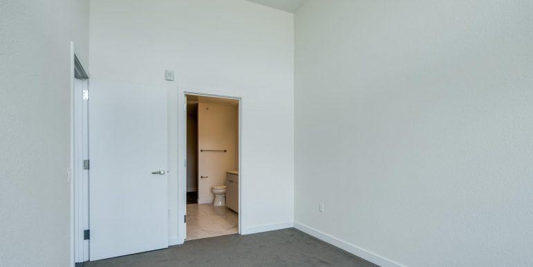 1616 S Broadway 300 Denver CO-large-016-23-Master Suite3-1500x1000-72dpi