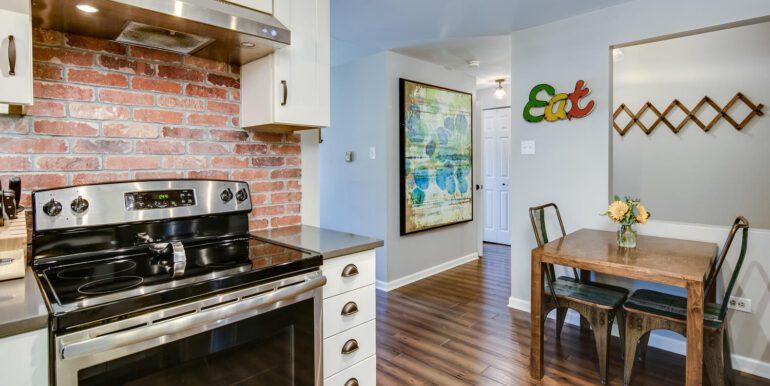 1050 N Lafayette St 406 Denver-large-012-014-Kitchen4-1500x1000-72dpi