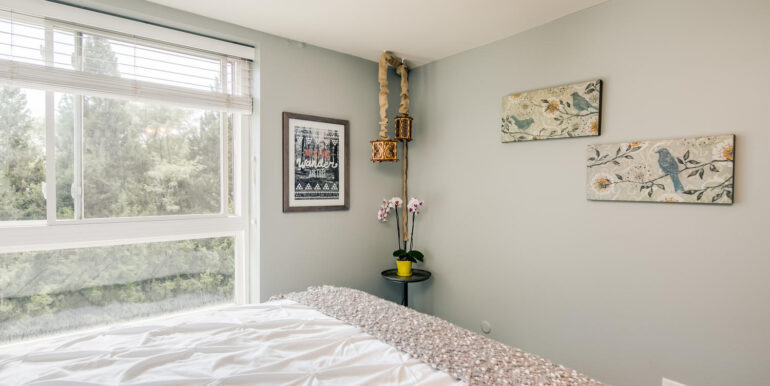 1050 N Lafayette St 406 Denver-large-015-011-Bedroom2-1500x1000-72dpi