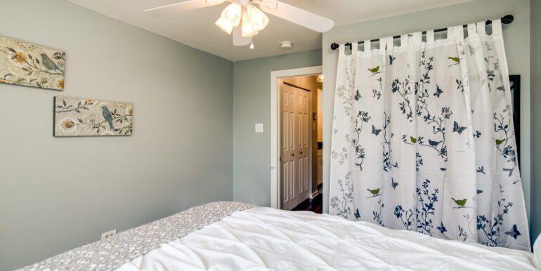 1050 N Lafayette St 406 Denver-large-016-020-Bedroom32-1500x1000-72dpi