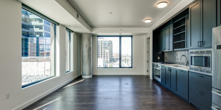 1750 Wewatta St 431 Denver CO-large-006-012-Great Room2-1500x1000-72dpi