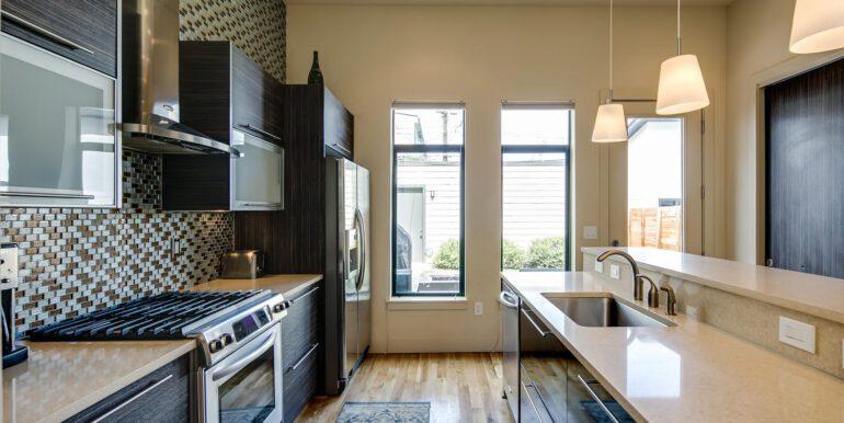 2429 Lawrence St Denver CO-large-006-005-Kitchen4-1500x1000-72dpi