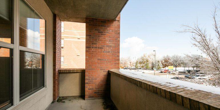 1975 Grant St 229 Denver CO-large-023-022-Terrace1-1500x1000-72dpi