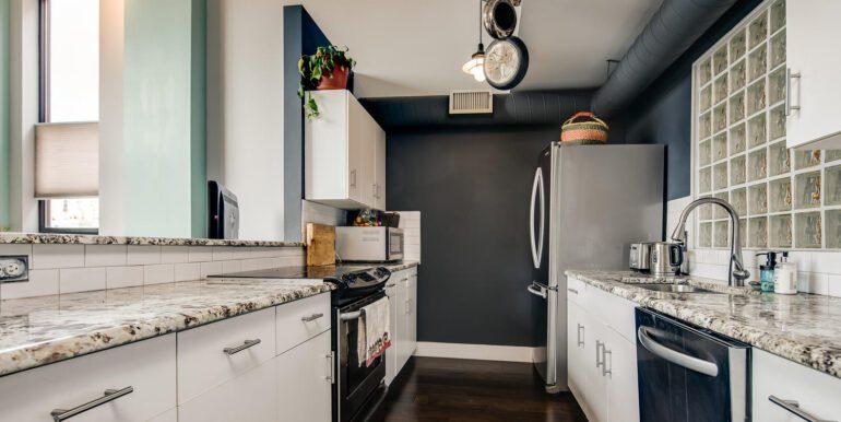 930 Acoma Street 205 Denver CO-large-005-023-Kitchen7-1500x1000-72dpi