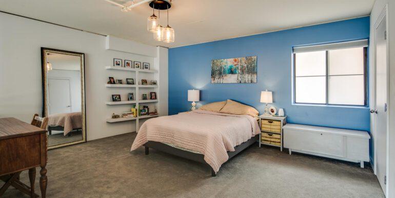 930 Acoma Street 205 Denver CO-large-016-012-Upper LevelMaster Suite1-1500x1000-72dpi