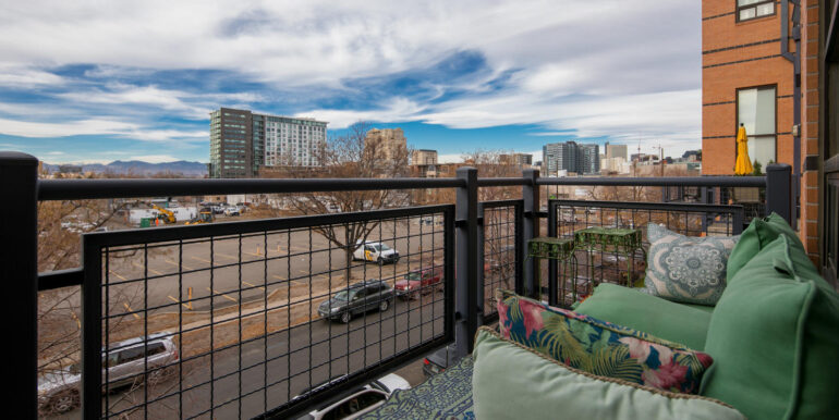930 Acoma Street 205 Denver CO-large-024-021-Terrace2-1500x1000-72dpi