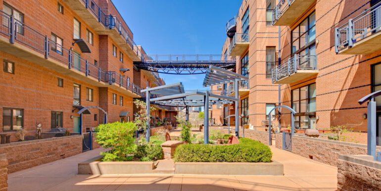 930 Acoma Street 205 Denver CO-large-028-027-Metropolitan LoftsCourtyard1-1500x1000-72dpi