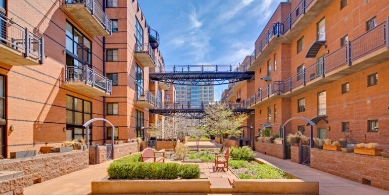 930 Acoma Street 205 Denver CO-large-031-028-Metropolitan LoftsCourtyard4-1500x1000-72dpi